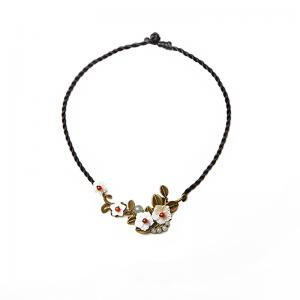 Retro Style Shell Flowers Clavicle Chain Necklace